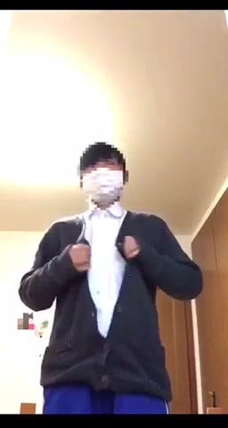 日本學生妹脫衣自拍